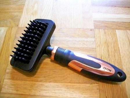 Massage Brush von NOIR